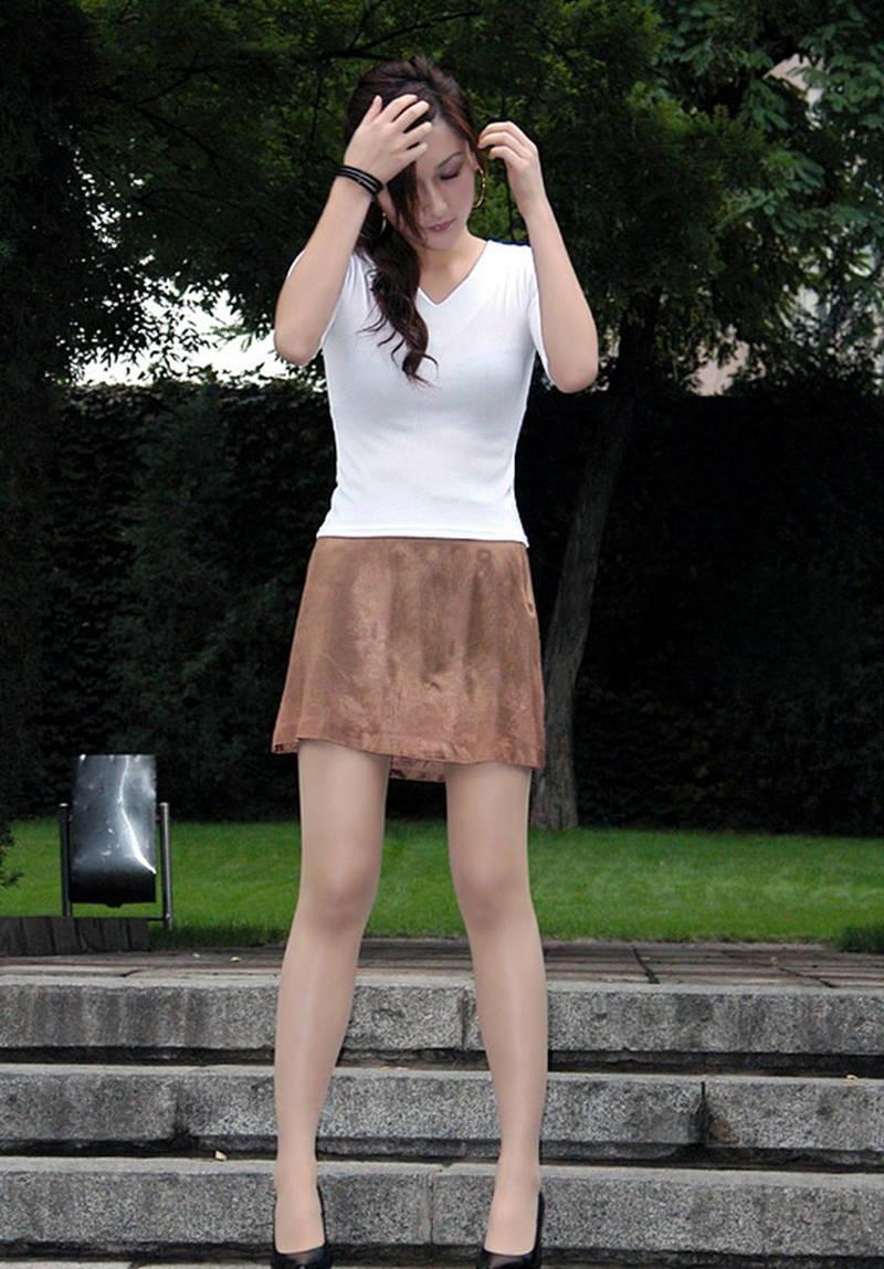 高跟鞋丝袜操逼_实拍公园里的肉丝袜高跟鞋美女[10P]_CAOAV-操AV,操AV社区,大色妹,操