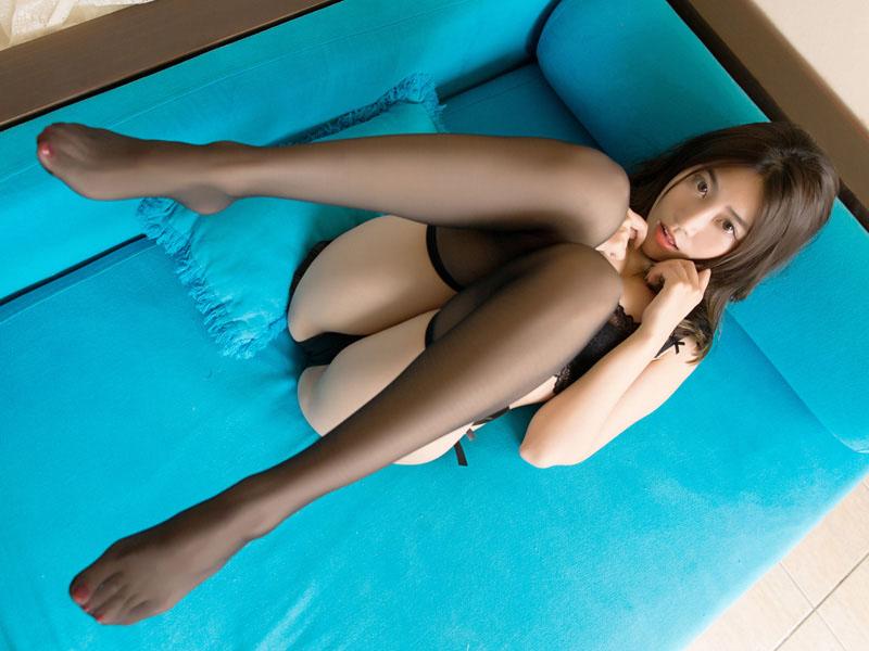 长腿嫩模许诺黑丝写真十分诱惑[30P]