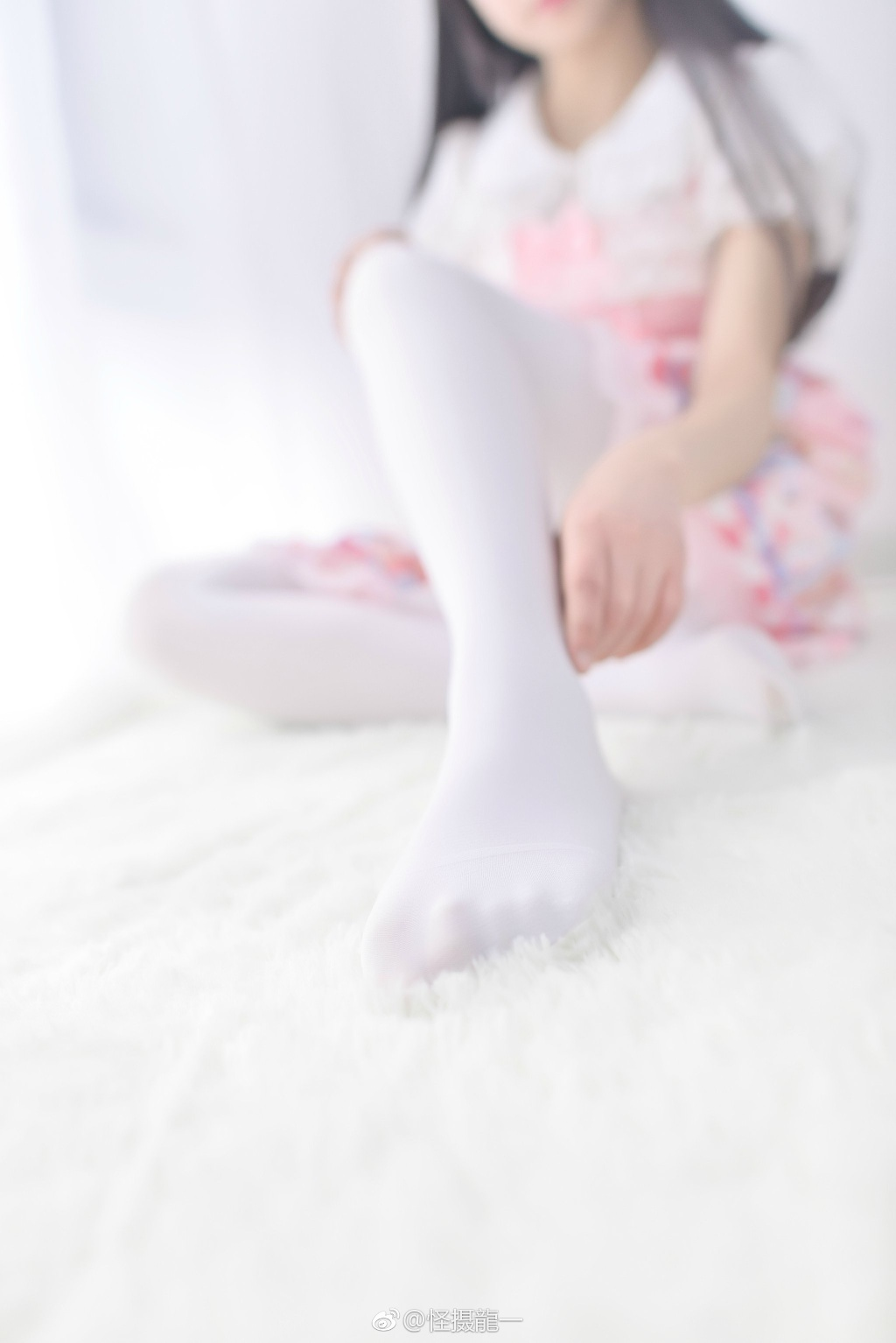 6gNh - Beautiful feet and legs 【2019.04.26】