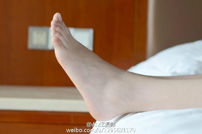 6hkX - Beautiful feet and legs 【2019.04.28】