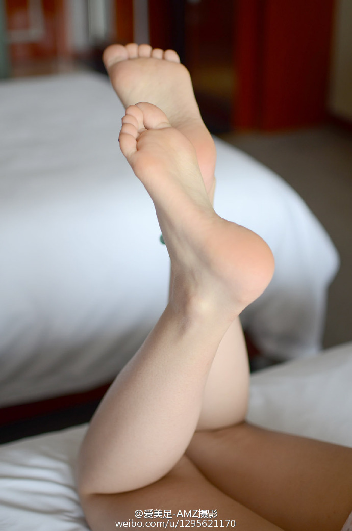 6hl2 - Beautiful feet and legs 【2019.04.25】