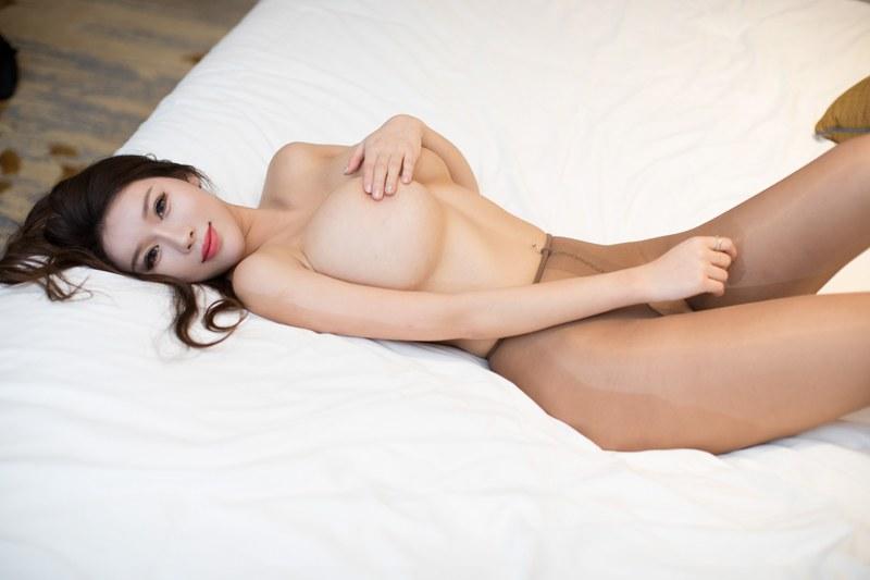 236 - Young chick black stockings enchanting
