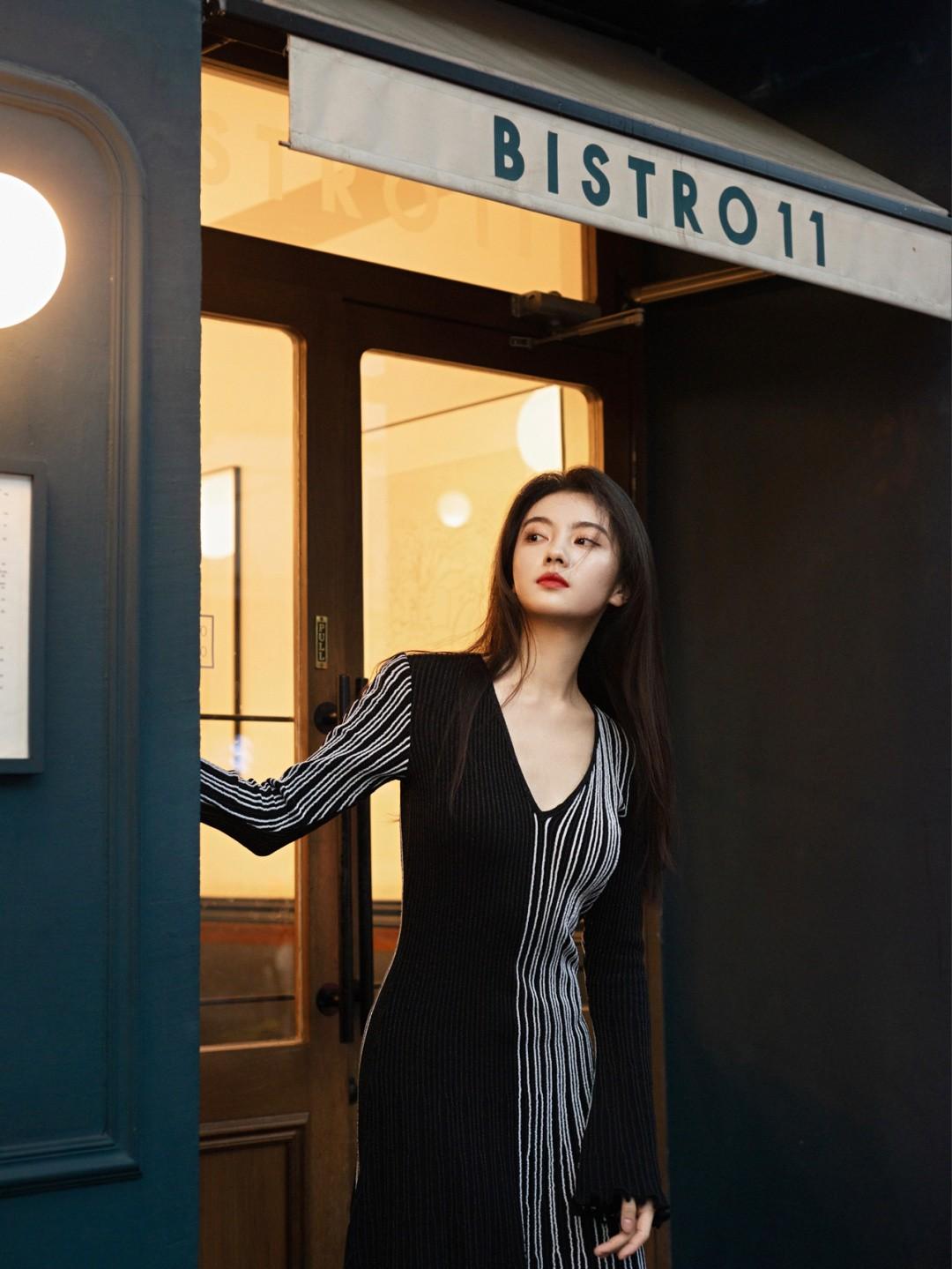 穿小黑裙去吃一顿浪漫的Brunch