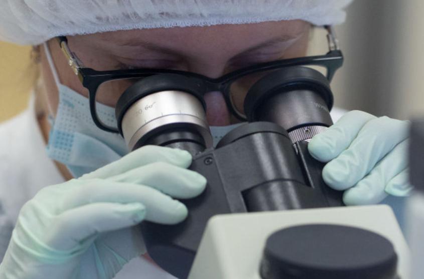 俄罗斯成功研发能够确认空气中是否含有新冠病毒的仪器