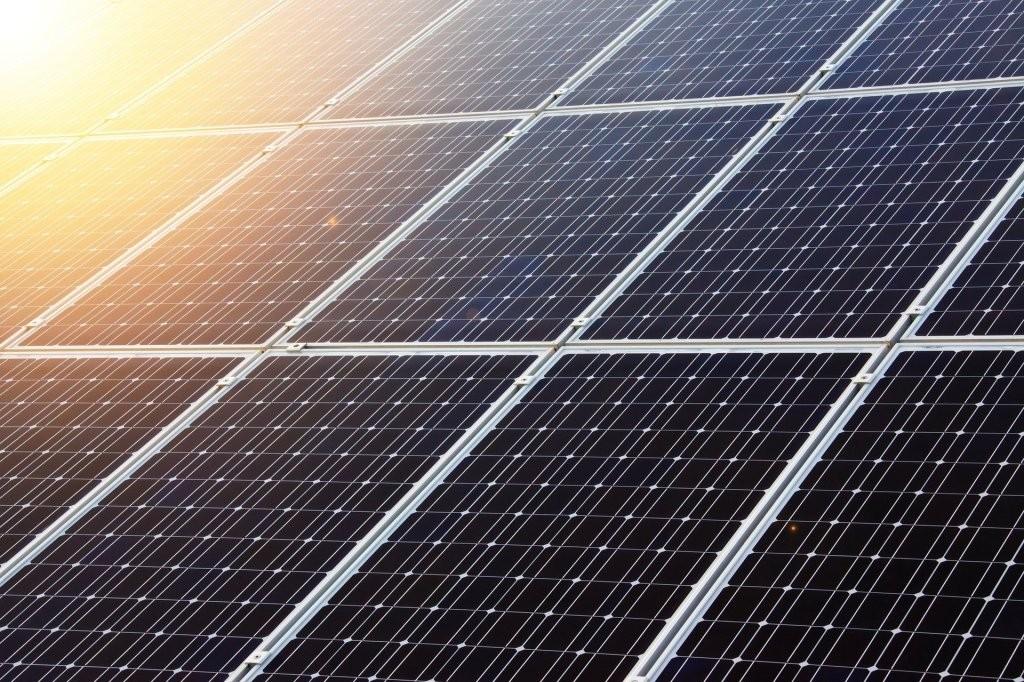 新型太阳能电池板设计使光吸收增加了125%