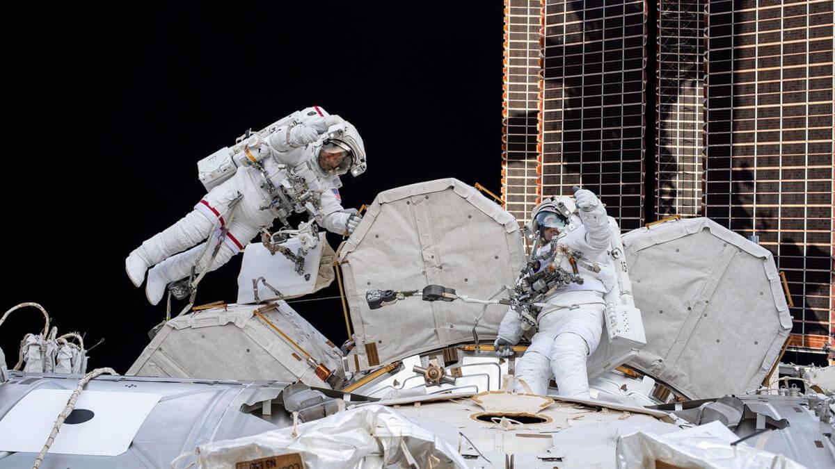 美国航空航天学会发布《太空政策》和《航空研发》报告