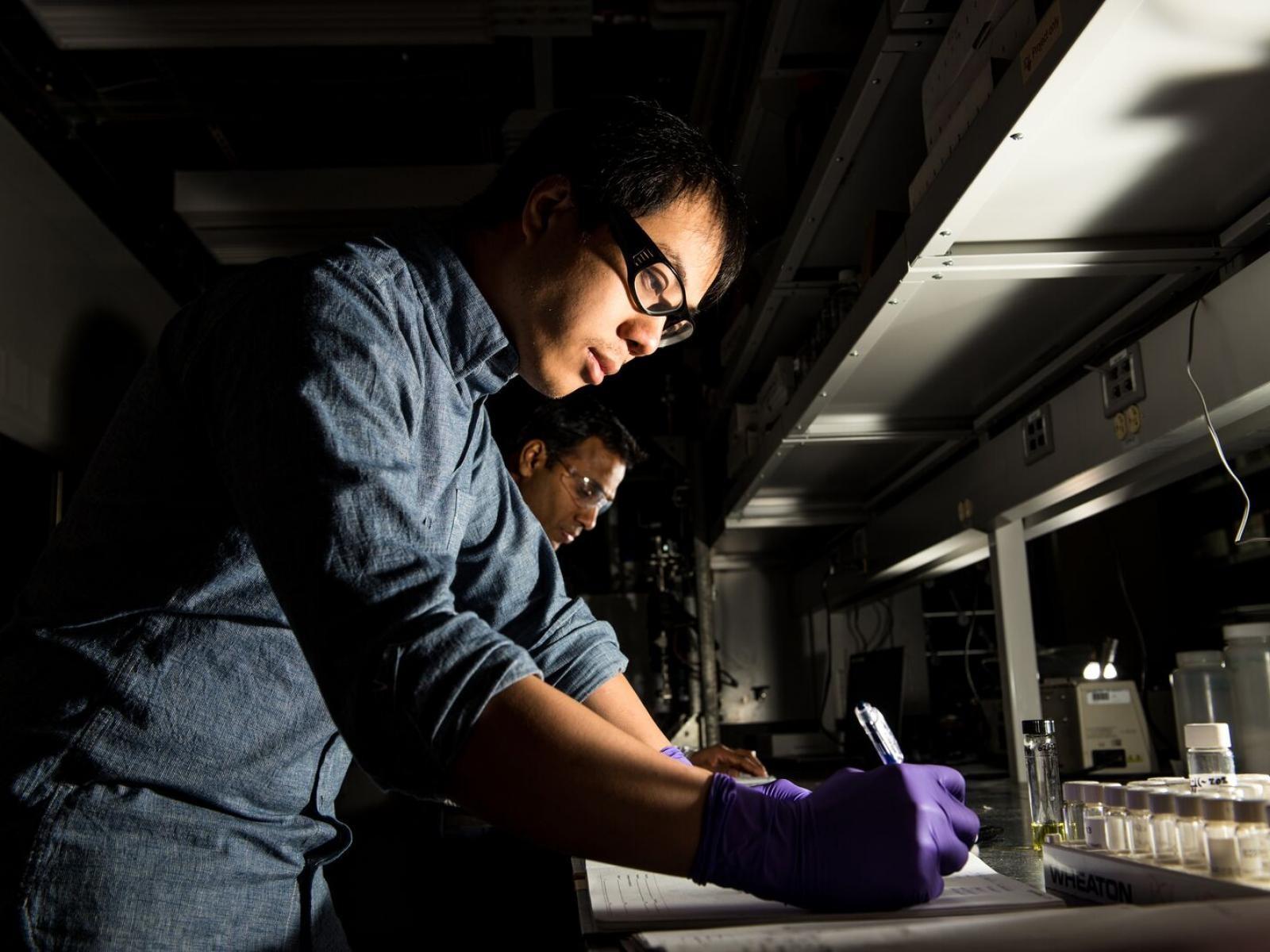 PNNL团队开发出将乙醇转化为C5+酮的催化剂,作为高价值化学品和燃料的基础
