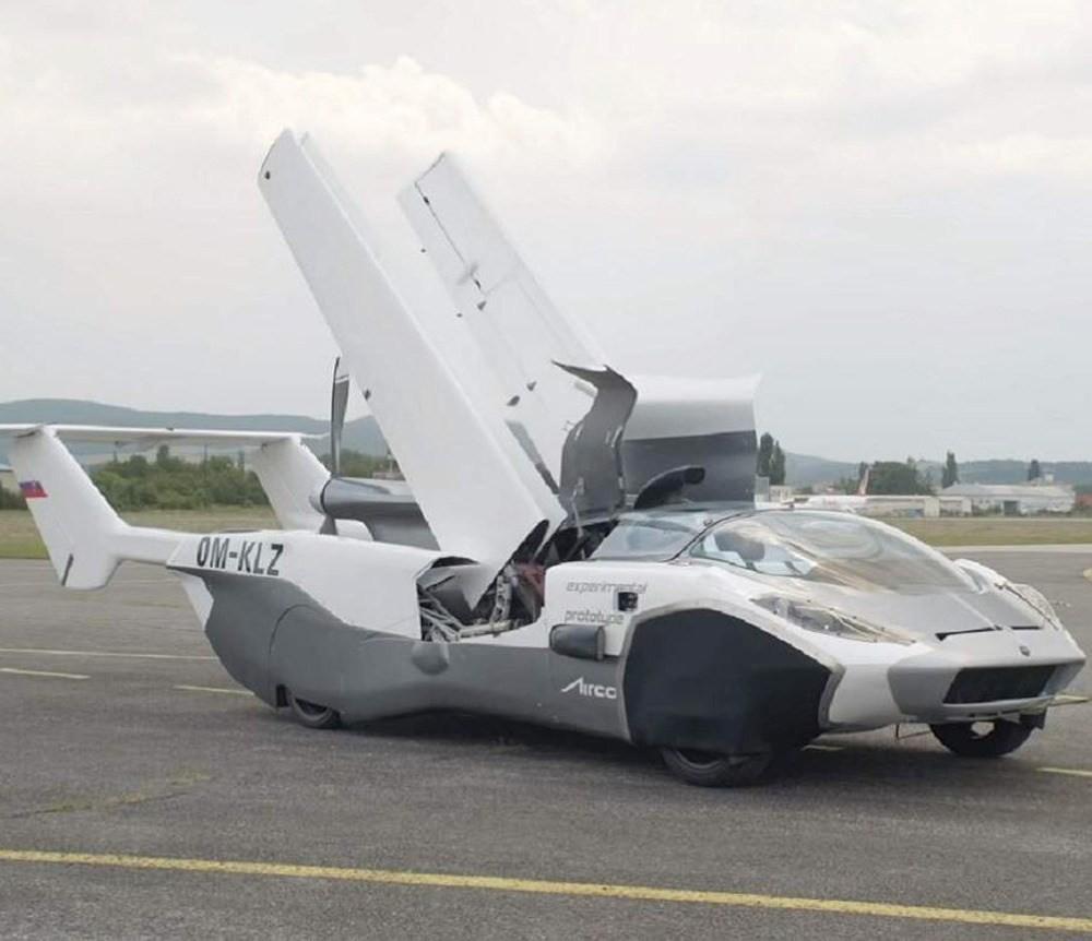 AirCar飞行汽车就可从汽车变成飞机